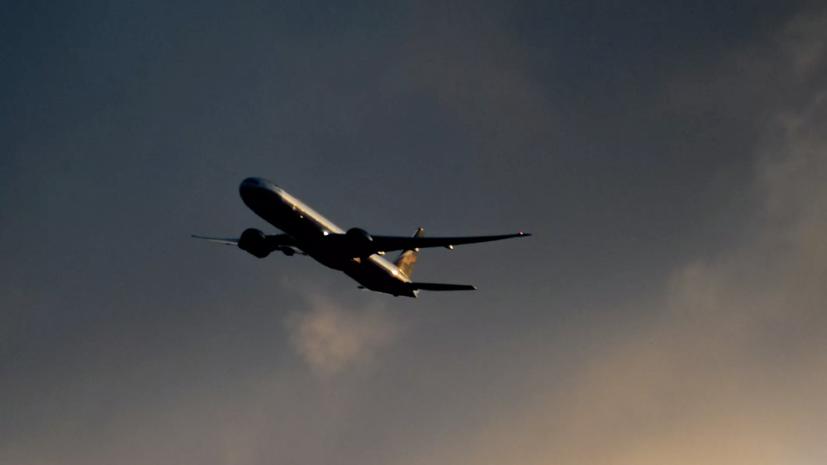 Посольство проверяет данные о россиянах на пропавшем в Индонезии Boeing