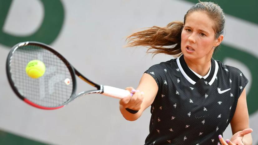 Касаткина уступила Рыбакиной в третьем круге турнира WTA в Абу-Даби