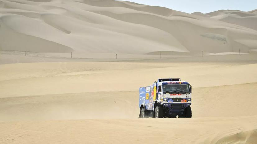 Экипажи «КамАЗ-мастер» заняли первые три места на седьмом этапе ралли «Дакар»
