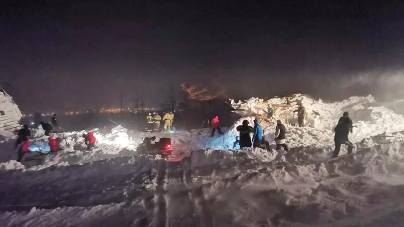 Попавшего под лавину в Норильске подростка перевели из реанимации