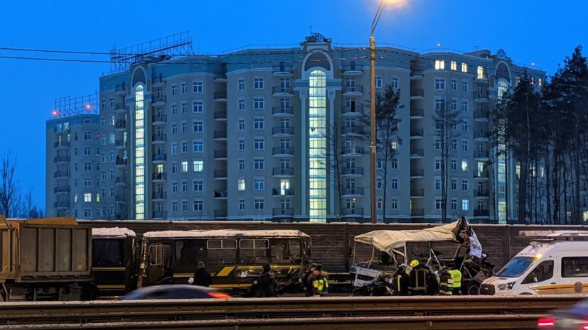 В Подмосковье арестовали водителя грузовика, врезавшегося в колонну военных