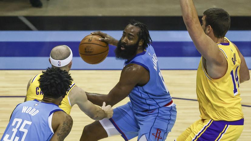«Лейкерс» обыграл «Хьюстон» в матче НБА, Джеймс набрал 26 очков