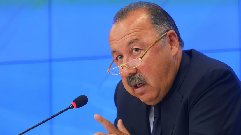 Газзаев высказался о совмещении тренером вратарей ЦСКА работы в клубе и сборной Азербайджана