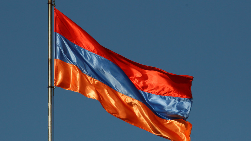 Глава Минздрава Армении подал в отставку