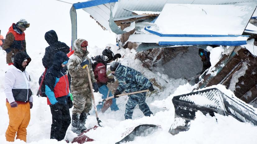 «Спасатели извлекли одного погибшего»: что известно о сходе лавины в Карачаево-Черкесии