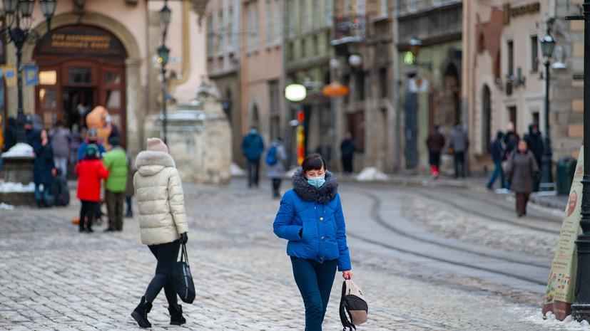 Зеленский назвал возможные сроки начала вакцинации от COVID-19 на Украине