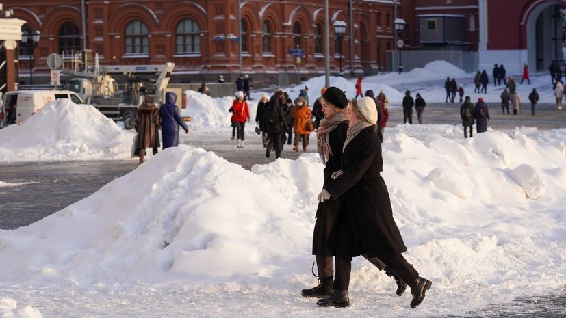 «Ещё один шаг к возвращению нормальной жизни»: в Москве отменили часть антикоронавирусных ограничений