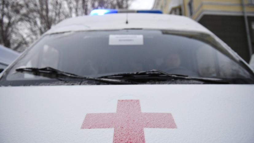 При столкновении автомобиля с поездом в Приморье погиб один человек