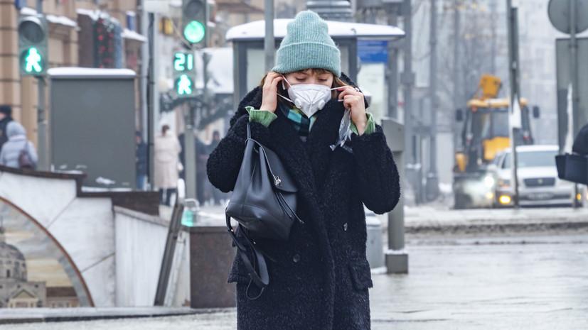 Врач не рекомендовала носить две маски от коронавируса