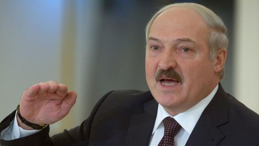 Лукашенко заявил о готовности защищать Белоруссию на танке