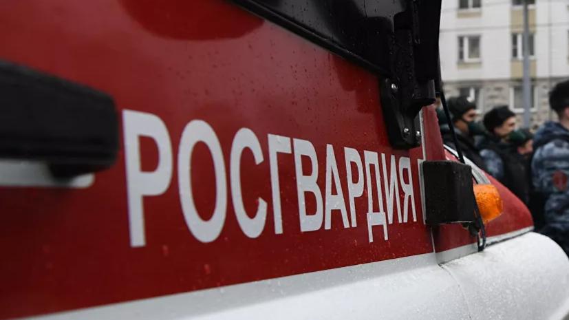 Автомобиль Росгвардии загорелся в Москве из-за неполадок