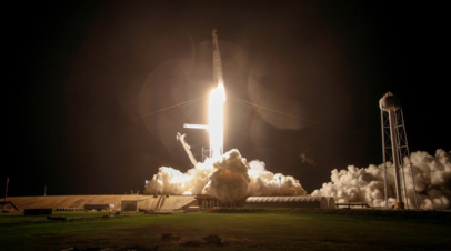 Грузовой корабль Dragon отстыковался от МКС