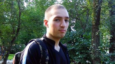 Житель Екатеринбурга не может получить паспорт РФ из-за поездки в Армению