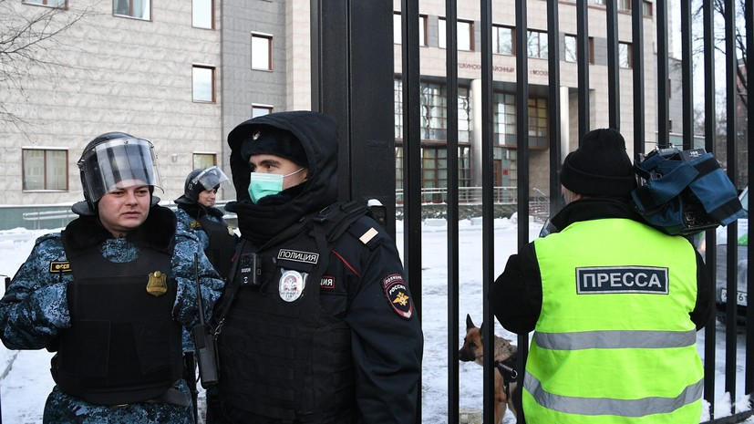 Суд перенёс рассмотрение дела о клевете Навального в адрес ветерана Великой Отечественной войны