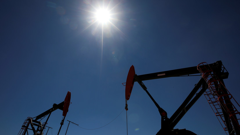 Цена барреля нефти Brent превысила $61