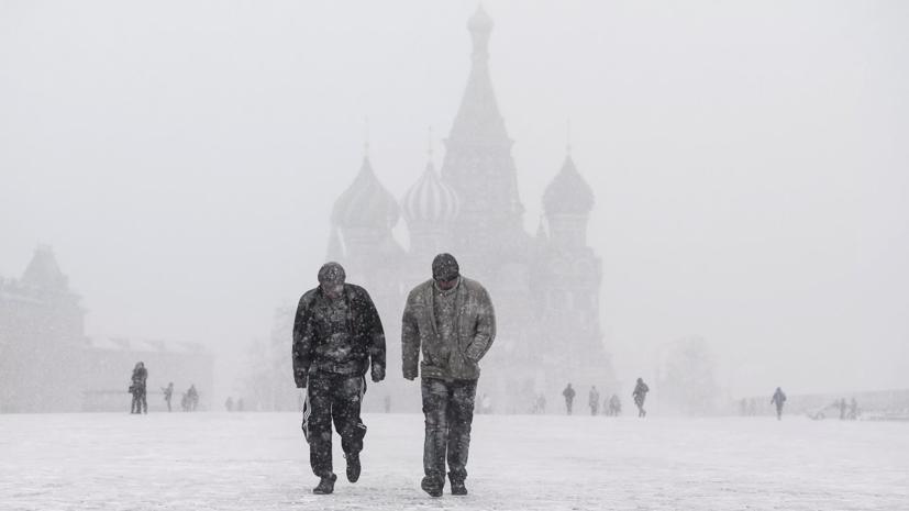 Собянин призвал москвичей быть осторожными из-за снегопадов