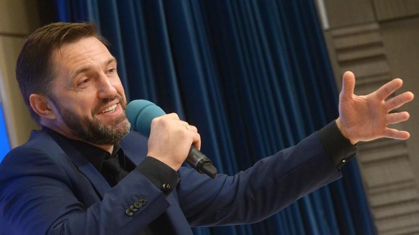 «Внутри я ещё 30-летний парень»: Владимир Вдовиченков о юности, воспитании детей и фильме «Батя»