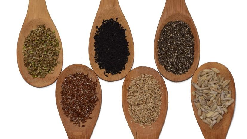 Диетолог рассказал о полезных для здоровья свойствах семян