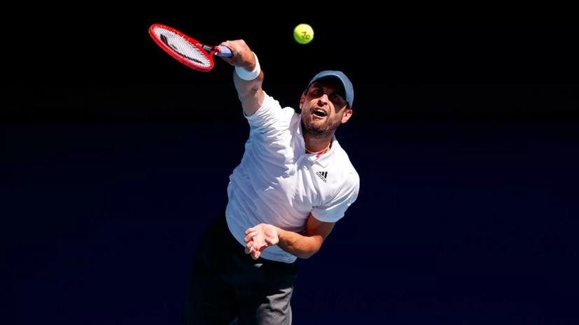 Карацев стал первым теннисистом в истории, который вышел в полуфинал в дебютном ТБШ
