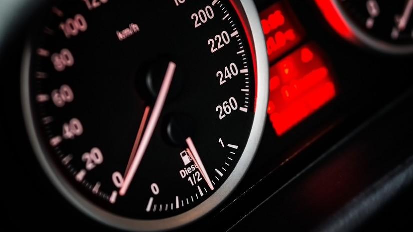 Расширен список облагаемых налогом на роскошь автомобилей