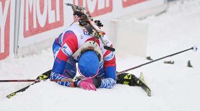 Светлана Миронова после финиша своего этапа смешанной эстафеты