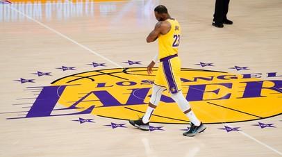 Лейкерс уступил Майами в НБА, несмотря на 19 очков Джеймса