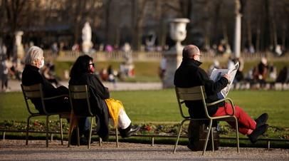 Во Франции за сутки выявили более 30 тысяч случаев коронавируса