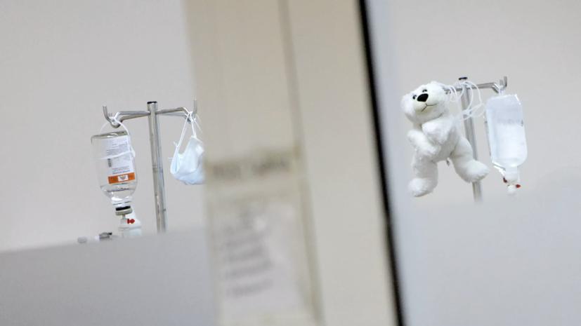 После отравления в школах Красноярска госпитализированы 56 детей