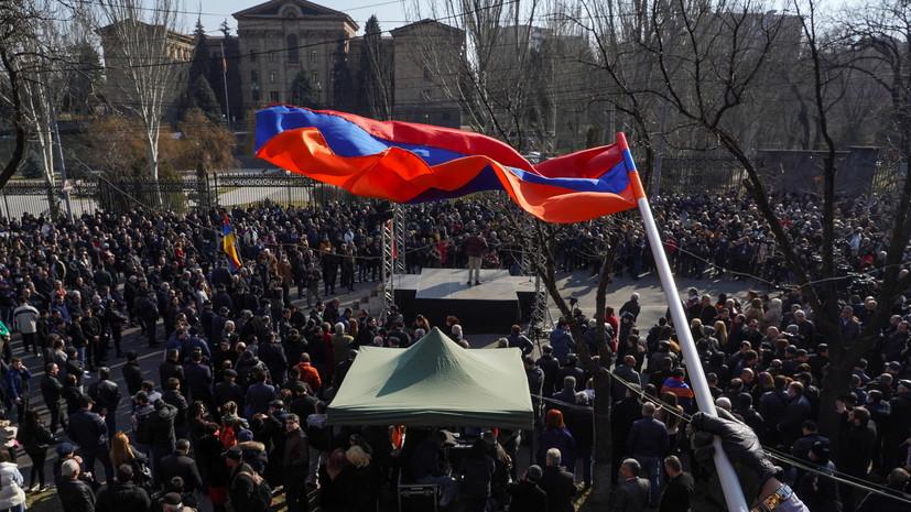 Армянская оппозиция заявила о возбуждении дела против её лидера