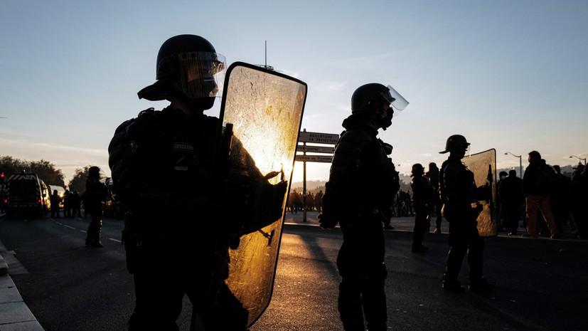 В Лионе в ходе столкновений сожгли шесть автомобилей