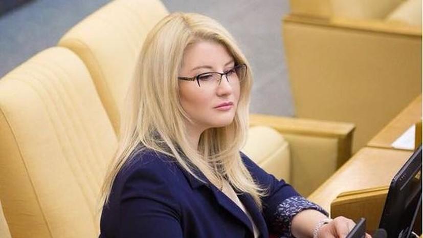 Депутат Елена Строкова рассказала о лучшем подарке на 8 Марта