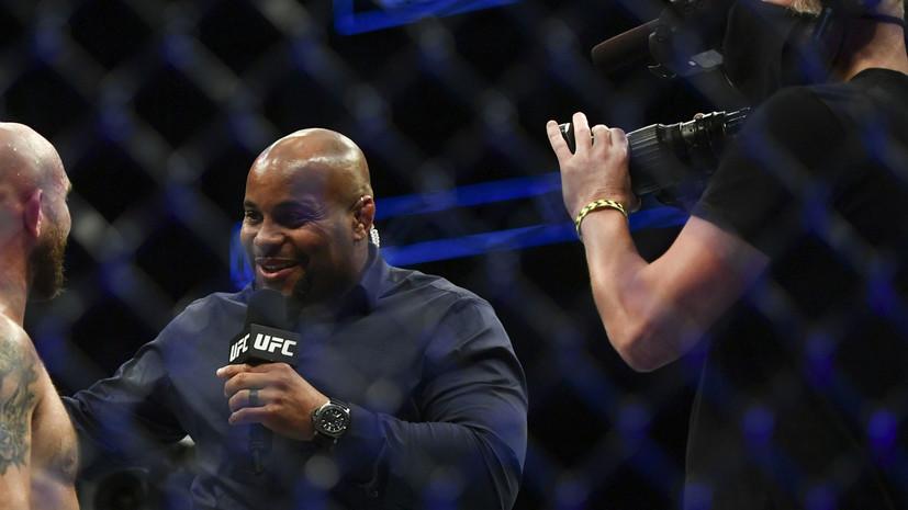 Кормье считает, что Махачев может стать чемпионом UFC
