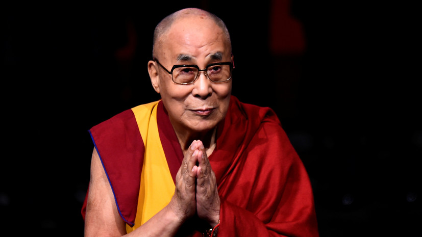 Далай-лама сделал прививку от COVID-19