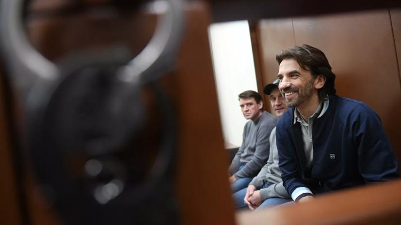 Абызову продлили арест до 25 июня