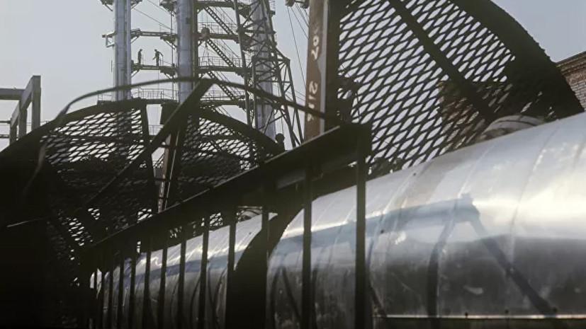 В Саратовской области произошёл разлив топлива из нефтепровода