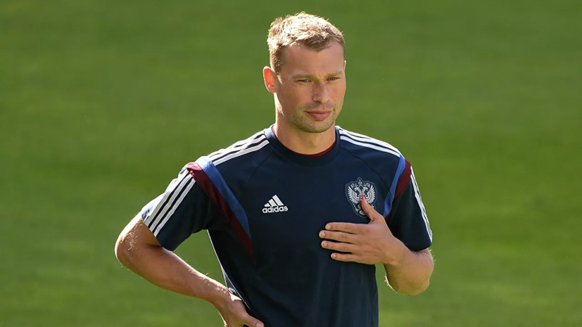 СМИ сообщили об уходе Василия Березуцкого из ЦСКА