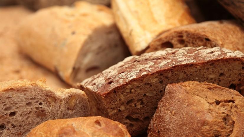Диетолог рассказала о вреде свежего хлеба для здоровья