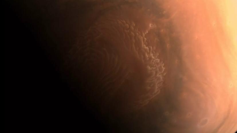 Опубликованы новые фото Марса, присланные зондом «Тяньвэнь-1»