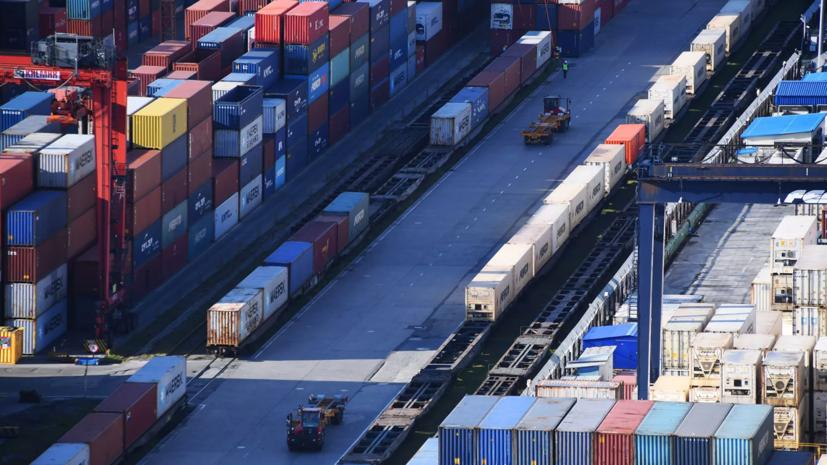 FT: Китай увеличил объёмы перевозок по железным дорогам через Россию