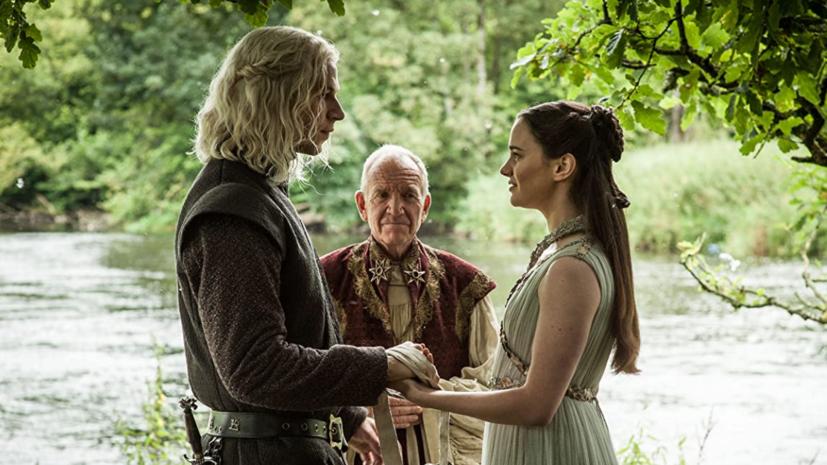«Мы наконец сможем рассказать эту историю целиком»: Джордж Мартин работает над спектаклем-приквелом к «Игре престолов»