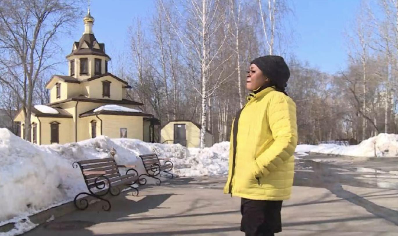 «Помочь стать частью общества»: как православный священник помогает беженцам освоиться в России2