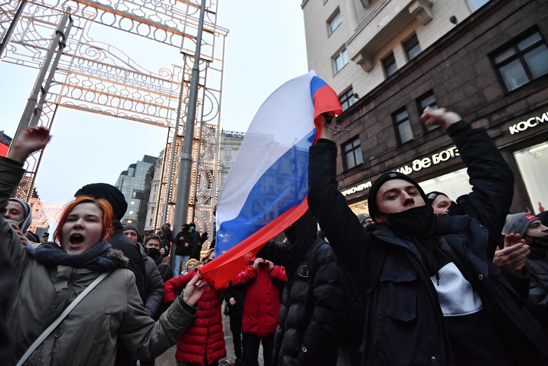 «Ложь, в которой мы жили и работали каждый день»: экс-сторонница Навального рассказала об обстановке в его штабе2