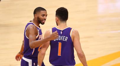 «Финикс» разгромил «Голден Стэйт» в матче НБА