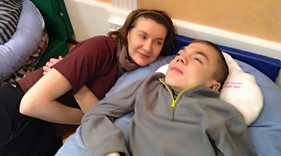 Матери-одиночке удалось оформить опеку над сыном с тяжёлой инвалидностью