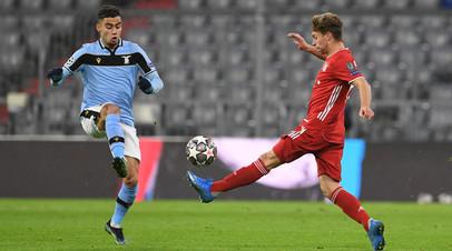 Гол Левандовски с пенальти помог Баварии победить Лацио и выйти в четвертьфинал ЛЧ