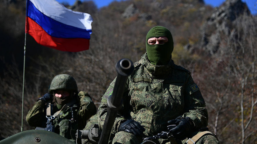 Глава генштаба Армении встретился с командиром российских миротворцев в Карабахе