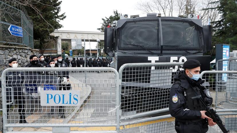 Генконсульство проверяет данные об участии россиян в стрельбе в Стамбуле