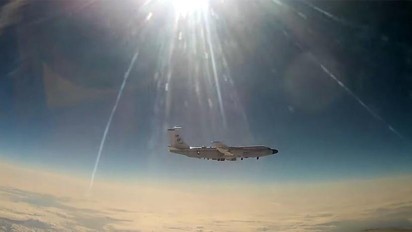 Над нейтральными водами Тихого океана: российский истребитель МиГ-31 сопроводил самолёт-разведчик ВВС США