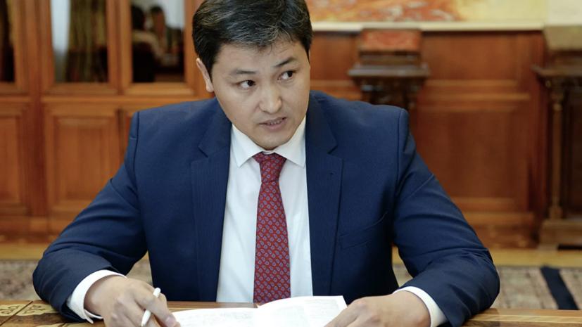 Премьер-министр Киргизии проголосовал на конституционном референдуме