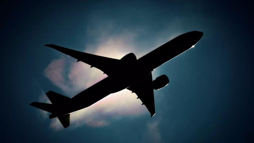 Вылетевший в Петербург самолёт возвращается в Сочи